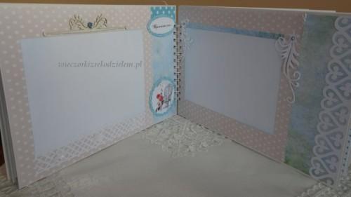 DSC02305Album  Pierwsza Komunia świeta