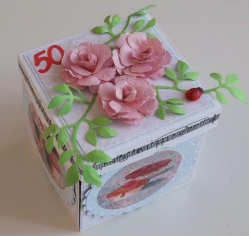 DSCF2477urodzinowa karteczka ręcznie robiona box