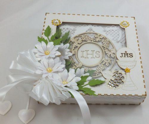 kartka ręcznie robiona, życzenia,imieniny, urodziny, ślub, komunia, chrzest, roczek, wykrojnik (52)