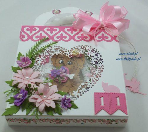 kartka-recznie-robiona-zyczeniaurodzinyimieniny-slub-chrzest-komunia-rocznicawykrojnik-memory-box-marianna-desing-cottage-cutzz-joy-11